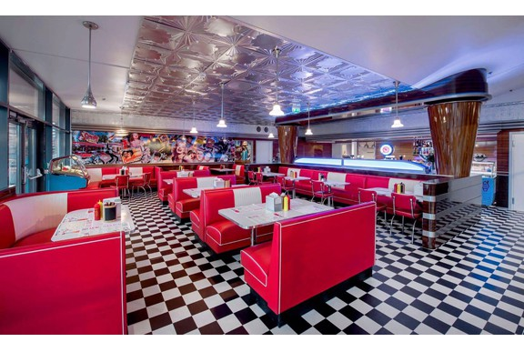 Groovy_Diner_Tonsberg_S6